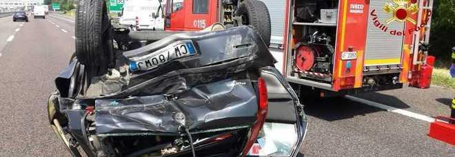 Un Elicottero Sta Viaggiando In Direzione Nord Ovest : Pauroso incidente fra tre auto sull a feriti nella