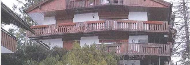Quella casa a cortina contesa all 39 asta l 39 imprenditore la porta via per 2milioni 385mila euro - Ricomprare la propria casa all asta ...