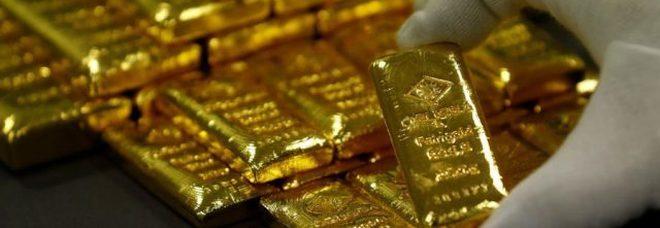 Operaio infedele, in 20 anni avrebbe rubato oro per un milione di euro