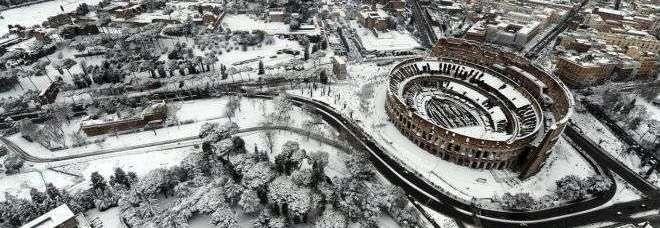 Neve roma ancora nel caos scuole e uffici chiusi luned for Uffici temporanei roma termini