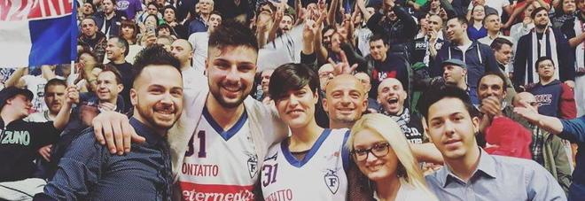 Nazzareno Italiano e miss italia Alice Sabatini 89aff11bbd12