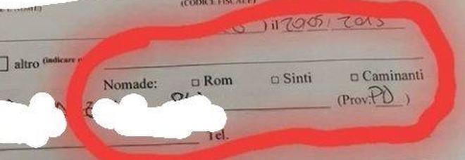 """«Sei rom o sinti?», caselle """"etniche""""  per l'iscrizione a scuola: è bufera"""
