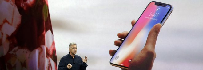 Tre nuovi iPhone: maxi display e uno sarà economico