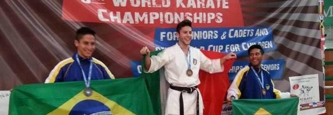 Il campione del mondo catania gi prepara il 2015 for Mondo catania