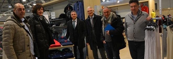 Scatta il rilancio dei negozi di abbigliamento ex bernardi for Negozi arredamento friuli
