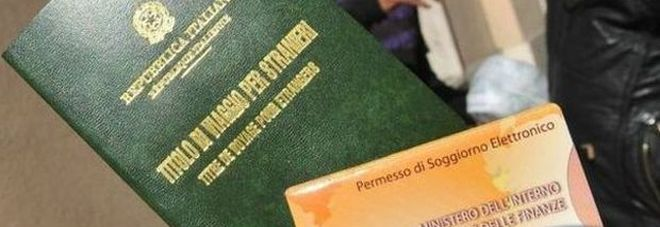 Carte false sull\'ospitalità pagate 250 euro: denunciati 33 profughi