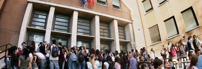 Vodka in classe il caso di roma e il fenomeno delle for Scuola di moda roma