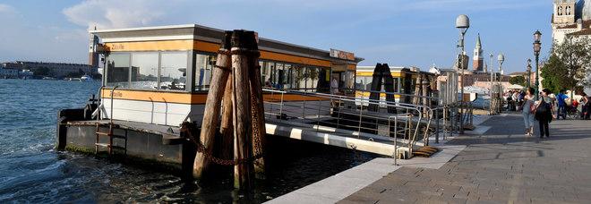 Gita a Venezia, 14enne violentata  da 2 coetanei: choc alla Giudecca