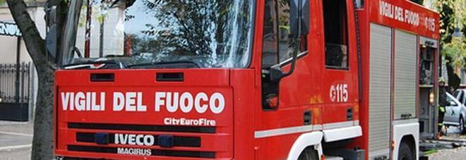 «La mia vicina è morta», ma quando i pompieri entrano... lo choc