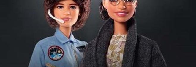 Le due nuove Barbie della Mattel rendono omaggio a Rose Parks e Sally Ride