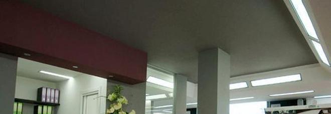 svaligiato il negozio di arredo-bagno - Negozi Di Arredo Bagno