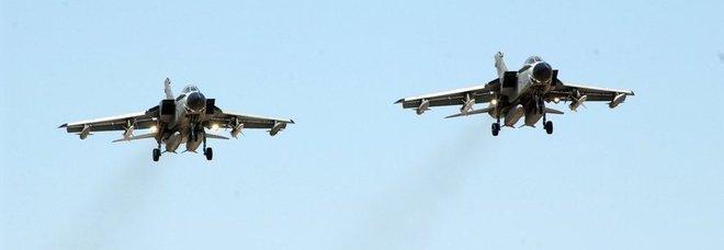 Aereo Di Linea Scortato Da Caccia : Allarme bomba in volo aereo scortato da due caccia