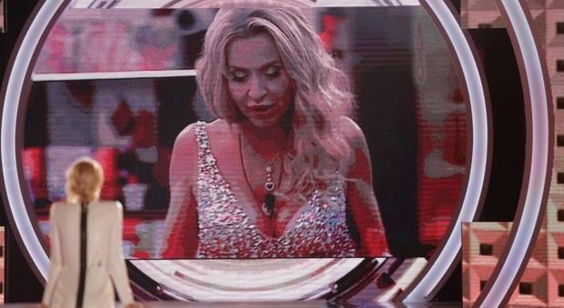Mariana eliminata al televoto, Valeria resta nella Casa