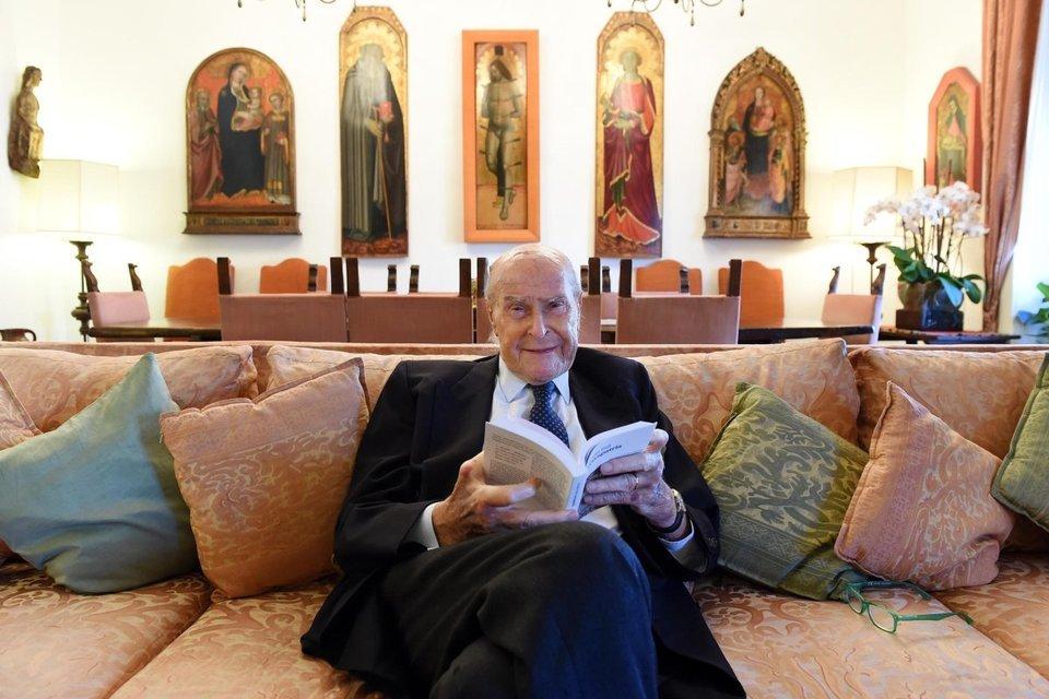 È morto Umberto Veronesi, la Fondazione: