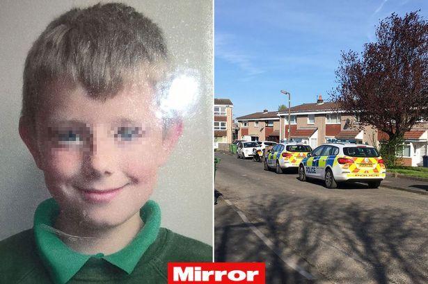 Bimbo di 9 anni scompare lo cercano con elicotteri e sommozzatori ma era sotto il letto - Lo trovi sotto il letto ...