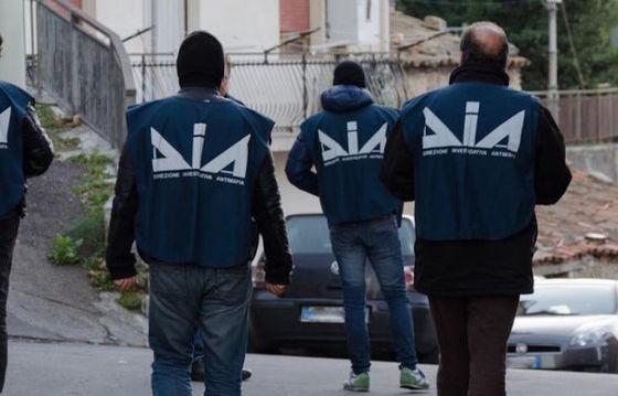 Per anni truffa genitori ragazzo scomparso: arrestato a Messina