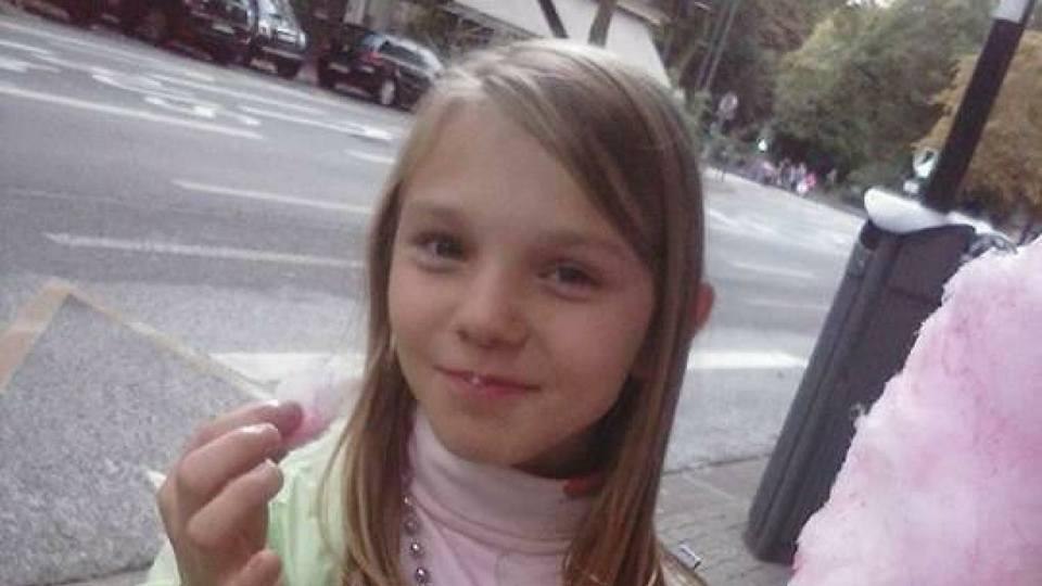 Shock in Francia: 13 anni, stuprata e strangolata nel bosco