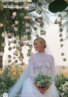 cfcea336333f Il vestito da sposa di Chiara Ferragni firmato Dior