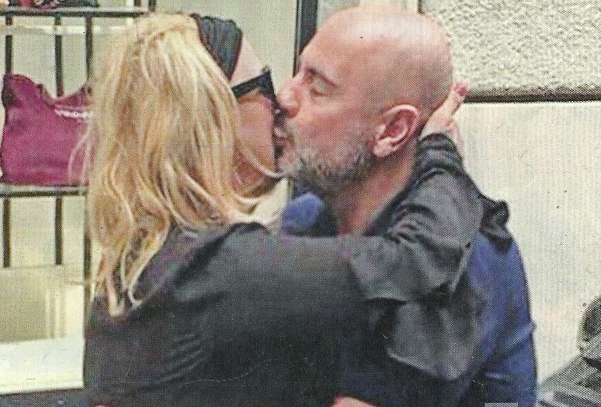 Tina Cipollari fidanzata: scatta il bacio con Vincenzo Ferrara