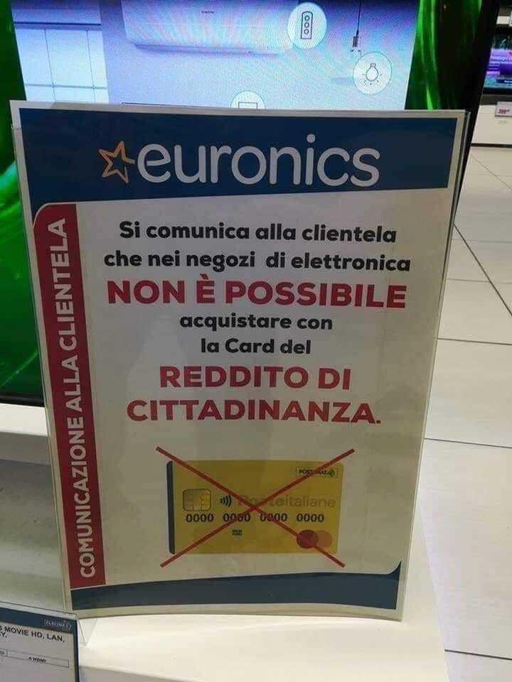 reddito di cittadinanza, da euronics spunta il cartello: «qui niente card».